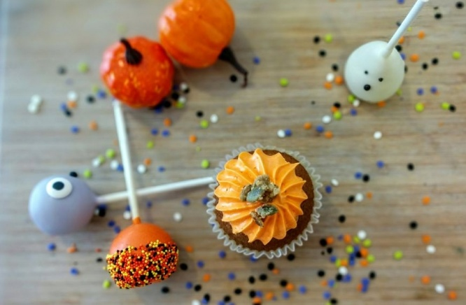 The pumpkin and spices cupcake is back!