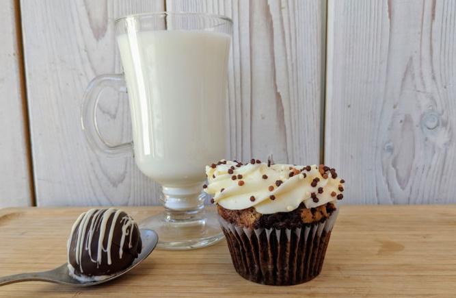 NOUVEAUTÉ: Trempez la boule de ganache pour faire votre chocolat chaud!