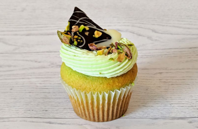 Try our new pistachio flavour...for a first taste of spring!