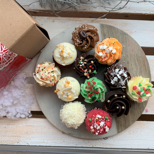 12 mini cupcakes des Fêtes