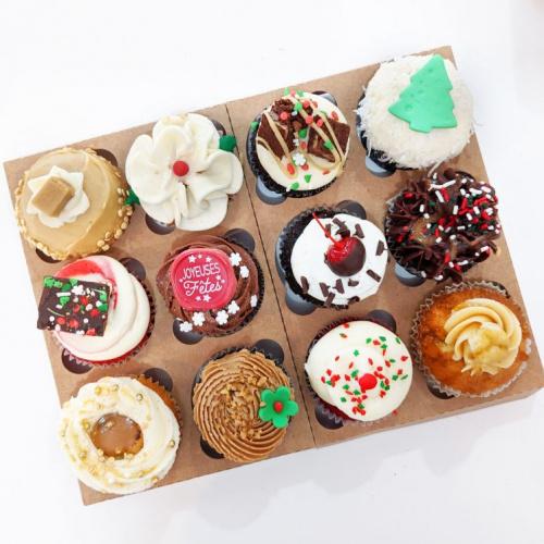 Boîte de 12 cupcakes des Fêtes
