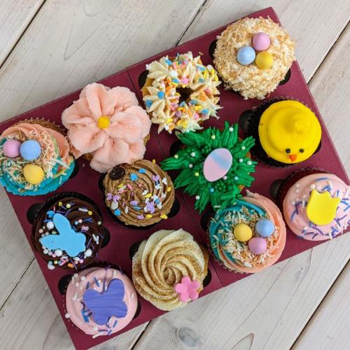 Boîte de Pâques - 12 cupcakes