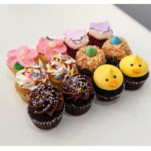 Boîte de Pâques - 12 mini cupcakes