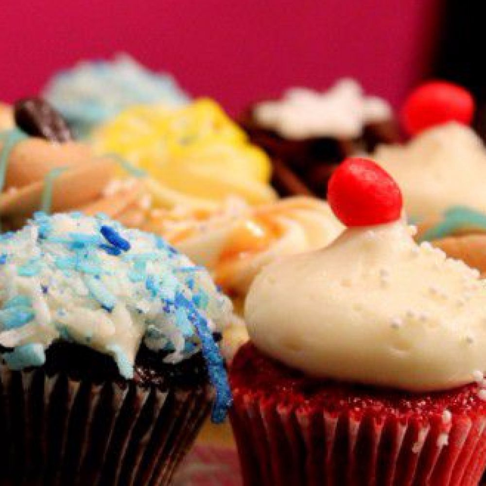 Cupcake Cake Delivery Pickup Services Les Glaceurs